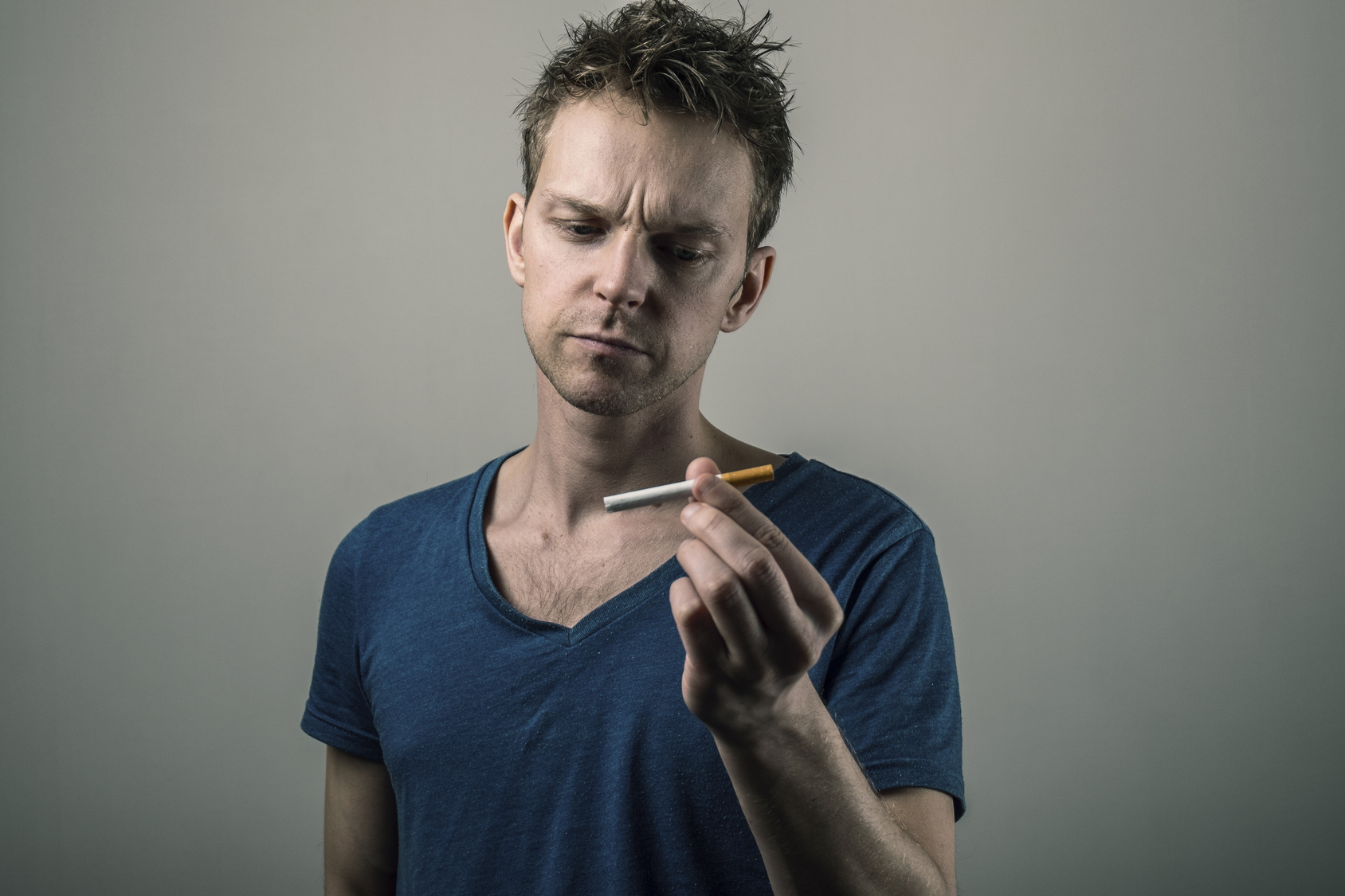 Почему люди курят?